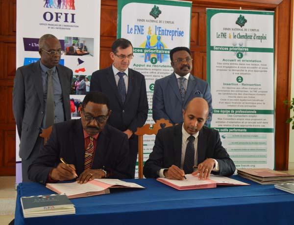 Insertion des jeunes de nouveaux partenariats pour l - Ofii office francais immigration integration ...
